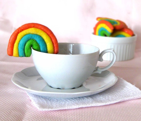 play dough cup