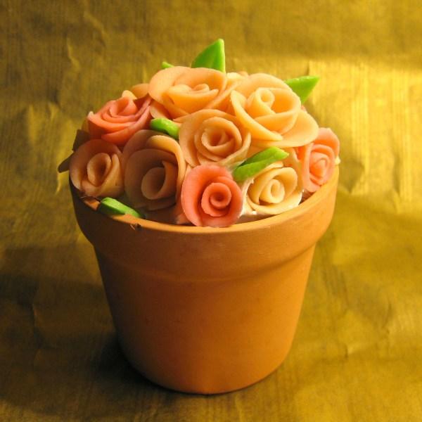 marzipan-roses