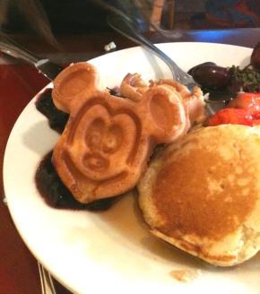 chef mickeys breakfast